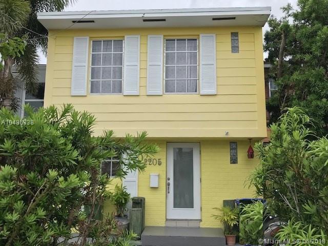 2205 NE 123rd St #2205, North Miami, FL 33181 (MLS #A10486338) :: Calibre International Realty