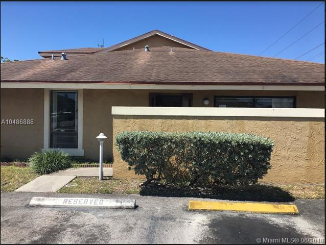 455 NW 214th St #109, Miami Gardens, FL 33169 (MLS #A10486888) :: Green Realty Properties
