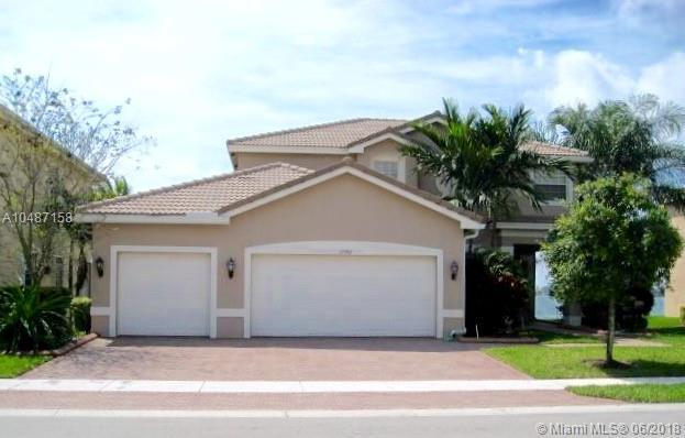 17992 SW 41st St, Miramar, FL 33029 (MLS #A10487158) :: Green Realty Properties