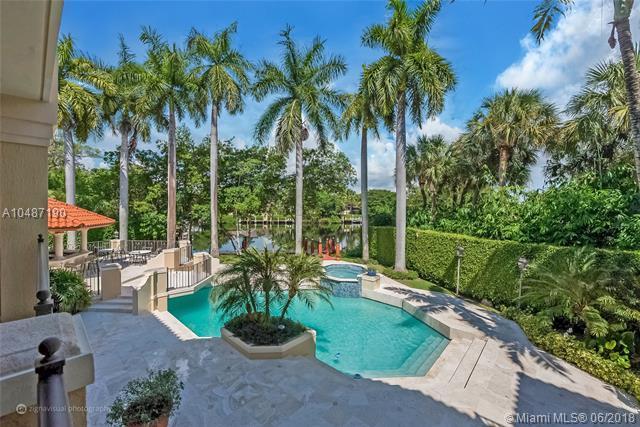 380 Isla Dorada Blvd, Coral Gables, FL 33143 (MLS #A10487190) :: The Riley Smith Group