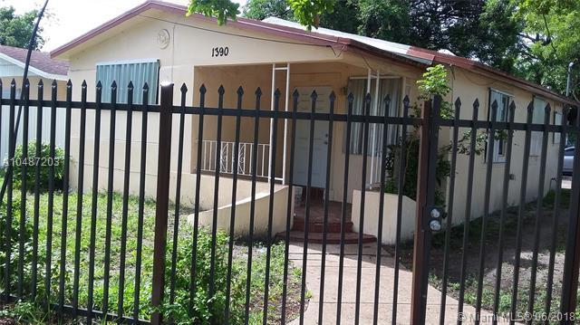 1390 NW 59, Miami, FL 33142 (MLS #A10487203) :: Prestige Realty Group