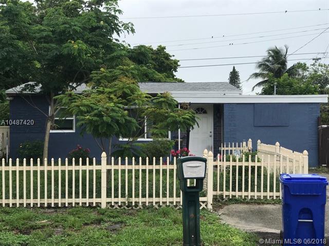 3171 NE 12th Ave, Pompano Beach, FL 33064 (MLS #A10487420) :: Green Realty Properties