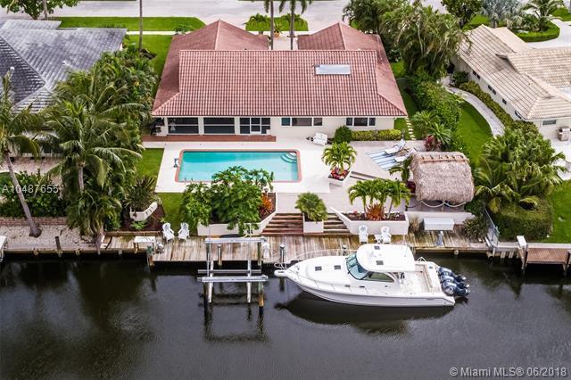 2076 Ascott Rd, North Palm Beach, FL 33408 (MLS #A10487655) :: Calibre International Realty