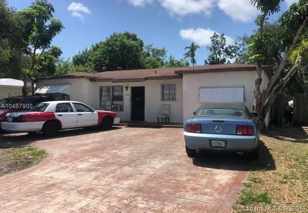 1440 NE 149th St, North Miami, FL 33161 (MLS #A10487900) :: Calibre International Realty