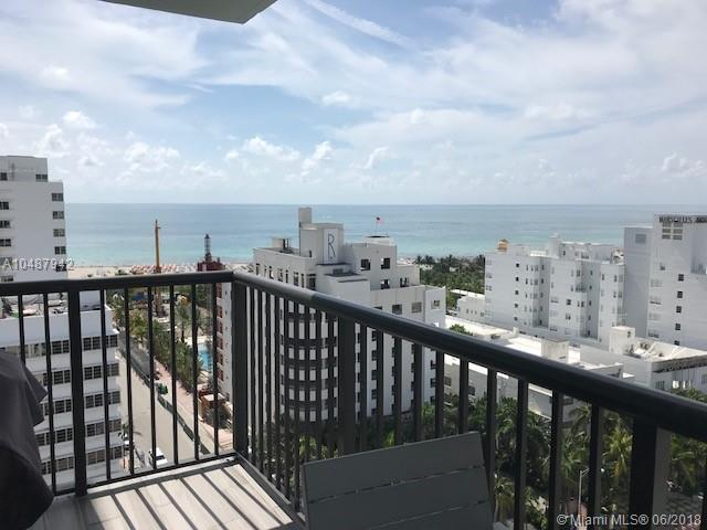 1800 Collins 17E, Miami Beach, FL 33139 (MLS #A10487942) :: The Riley Smith Group