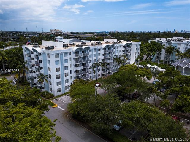 484 NW 165th St Rd A215, Miami, FL 33169 (MLS #A10487966) :: Calibre International Realty