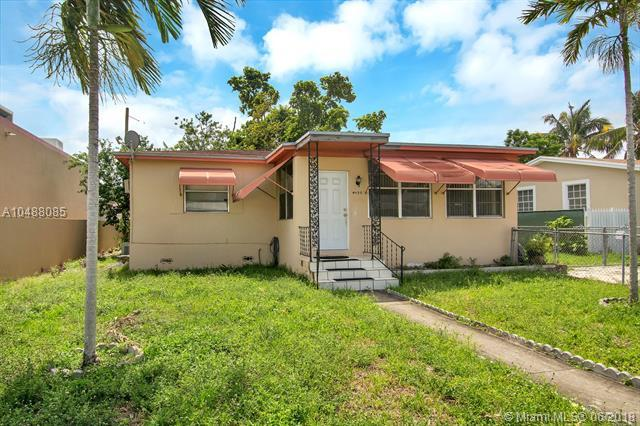 4901 E 1 Ct., Hialeah, FL 33013 (MLS #A10488085) :: Calibre International Realty