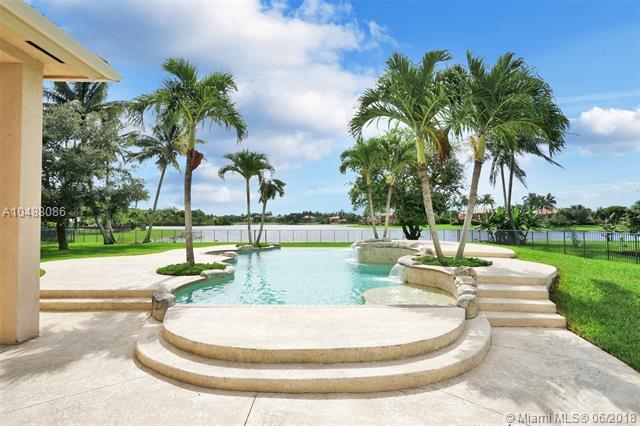 3698 Gulfstream Way, Davie, FL 33328 (MLS #A10488086) :: Calibre International Realty