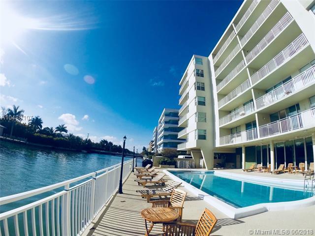 9500 W Bay Harbor Dr 2G, Bay Harbor Islands, FL 33154 (MLS #A10488107) :: Calibre International Realty