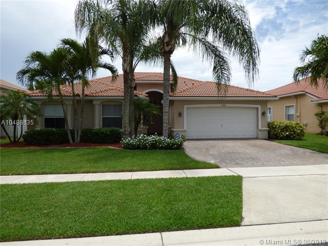 6244 Shadow Tree Ln, Lake Worth, FL 33463 (MLS #A10488135) :: Green Realty Properties