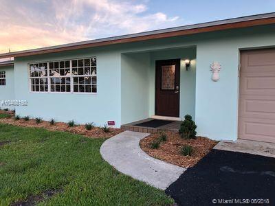 61 W Pine Tree Ave, Lake Worth, FL 33467 (MLS #A10488192) :: Green Realty Properties