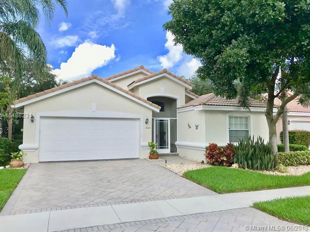 12067 Tevere Dr, Boynton Beach, FL 33437 (MLS #A10488231) :: Green Realty Properties