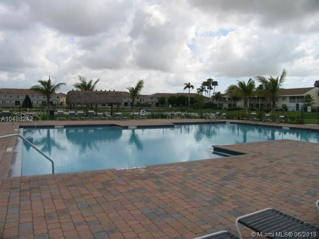 2425 SE 19th St, Homestead, FL 33035 (MLS #A10488242) :: Calibre International Realty