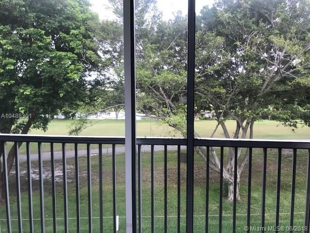 300 SW 130th Ter 301B, Pembroke Pines, FL 33027 (MLS #A10488301) :: Melissa Miller Group