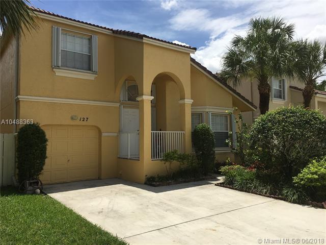 127 NW 152nd Ln, Pembroke Pines, FL 33028 (MLS #A10488363) :: Green Realty Properties