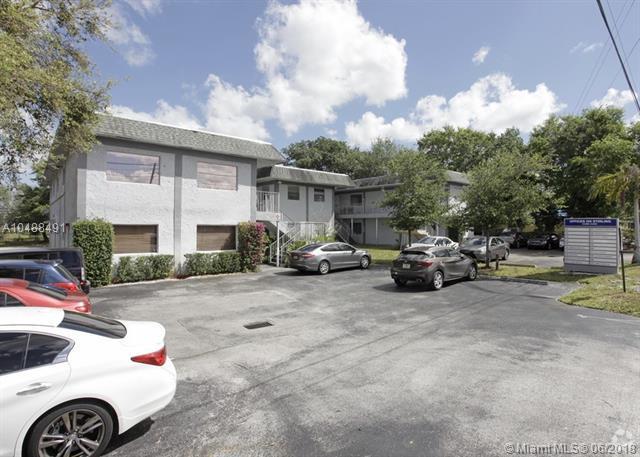 4485 Stirling Rd, Dania Beach, FL 33314 (MLS #A10488491) :: Calibre International Realty