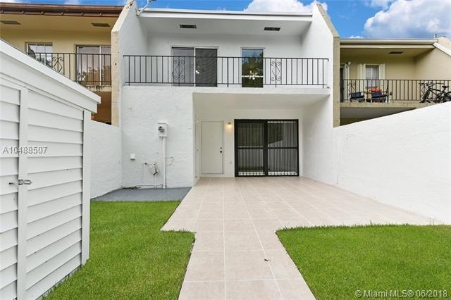 9743 SW 92nd Ter #9743, Miami, FL 33176 (MLS #A10488507) :: The Teri Arbogast Team at Keller Williams Partners SW