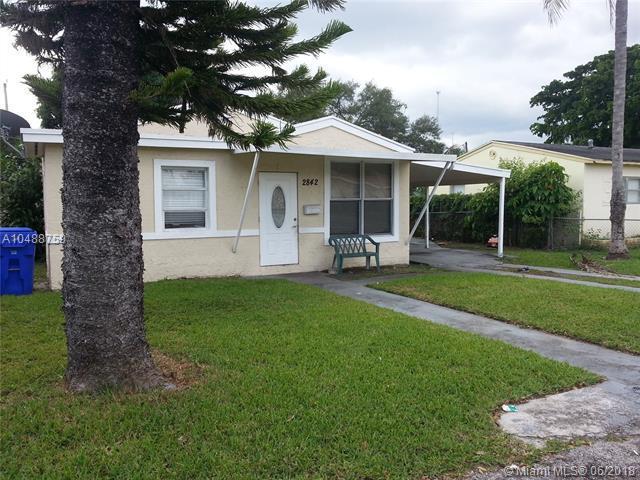 2842 Washington St, Hollywood, FL 33020 (MLS #A10488759) :: Prestige Realty Group