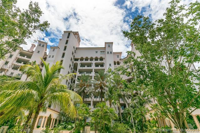 5256 Fisher Island Dr #5256, Fisher Island, FL 33109 (MLS #A10488808) :: The Teri Arbogast Team at Keller Williams Partners SW