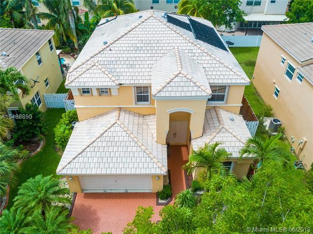 15664 SW 52nd Ct, Miramar, FL 33027 (MLS #A10488890) :: Green Realty Properties