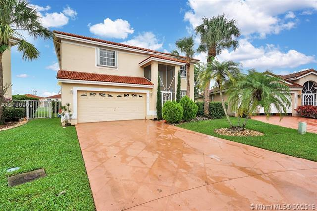 18330 Coral Chase Dr, Boca Raton, FL 33498 (MLS #A10488909) :: Prestige Realty Group