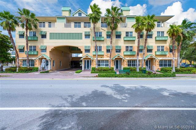 122 SE 6th Ave #5, Delray Beach, FL 33483 (MLS #A10488944) :: The Teri Arbogast Team at Keller Williams Partners SW