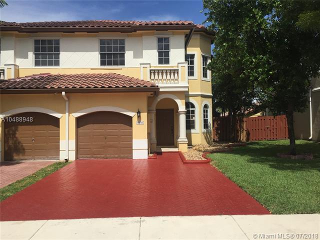 4936 SW 136th Ave #4936, Miramar, FL 33027 (MLS #A10488948) :: The Chenore Real Estate Group