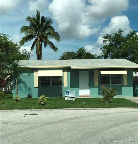995 NW 68th Ter, Margate, FL 33063 (MLS #A10489004) :: Jamie Seneca & Associates Real Estate Team