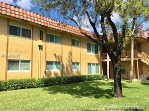 2412 NW 39th Way #102, Lauderdale Lakes, FL 33311 (MLS #A10489095) :: Prestige Realty Group