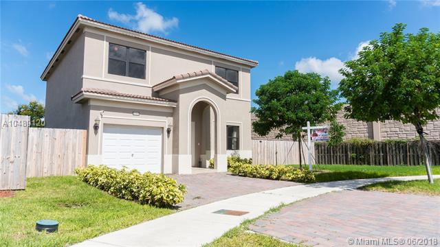 27255 SW 135th Ave, Homestead, FL 33032 (MLS #A10489120) :: The Teri Arbogast Team at Keller Williams Partners SW