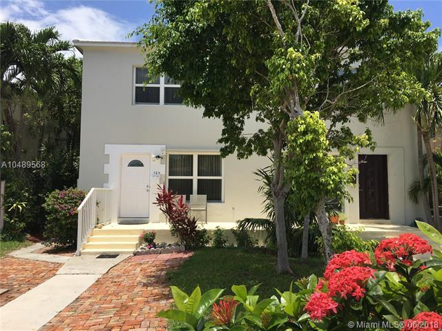 729 85th St, Miami Beach, FL 33141 (MLS #A10489568) :: Green Realty Properties