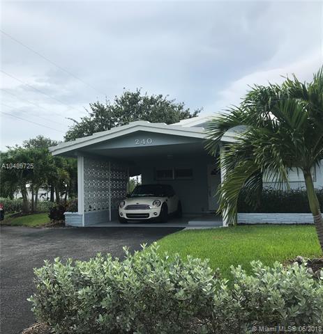 240 NE 25th Ave, Pompano Beach, FL 33062 (MLS #A10489725) :: The Riley Smith Group