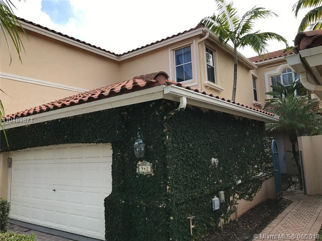 942 S Harbor Vw S, Hollywood, FL 33019 (MLS #A10489871) :: Green Realty Properties