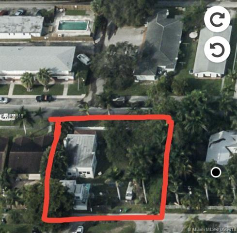 214 SE Park St, Dania Beach, FL 33004 (MLS #A10489919) :: Green Realty Properties