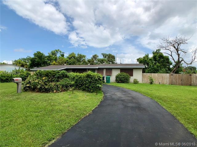11845 SW 82nd Rd, Miami, FL 33156 (MLS #A10489975) :: Prestige Realty Group