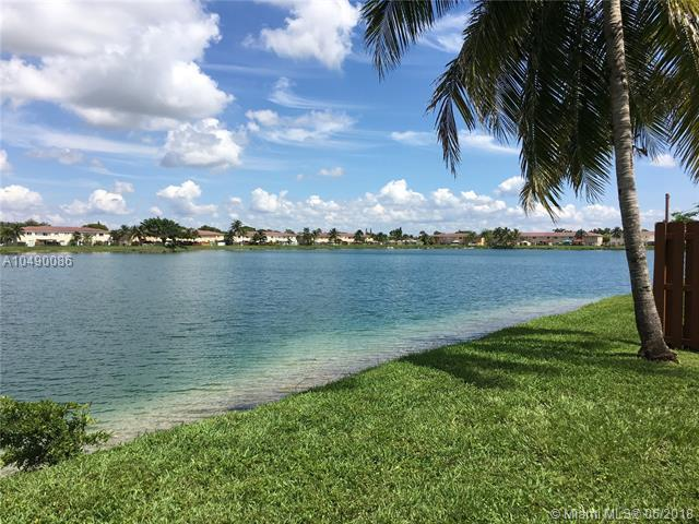 17554 SW 139th Ct, Miami, FL 33177 (MLS #A10490086) :: Green Realty Properties