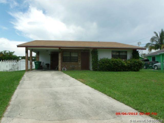 255 NW 12 CT, Dania Beach, FL 33004 (MLS #A10490298) :: Green Realty Properties