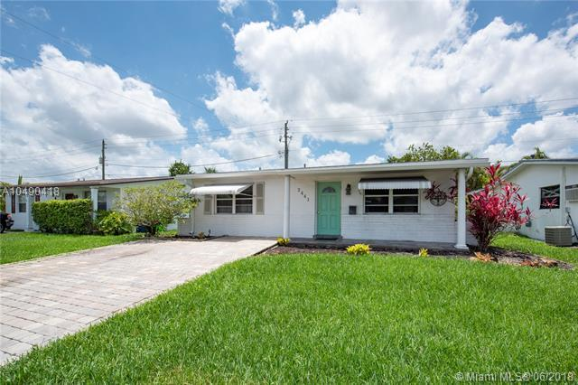 2441 NW 82nd Way, Sunrise, FL 33322 (MLS #A10490418) :: Castelli Real Estate Services
