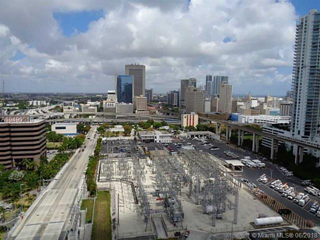 185 SW 7 St #2103, Miami, FL 33130 (MLS #A10490516) :: The Riley Smith Group