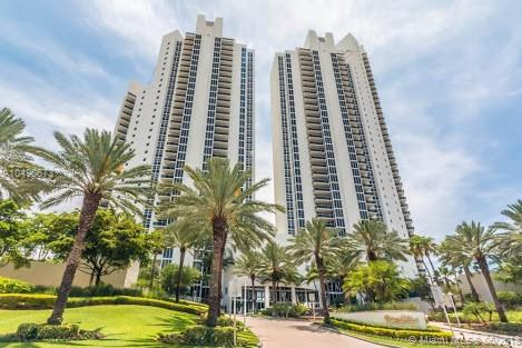 19111 Collins Ave #107, Sunny Isles Beach, FL 33160 (MLS #A10490673) :: Prestige Realty Group