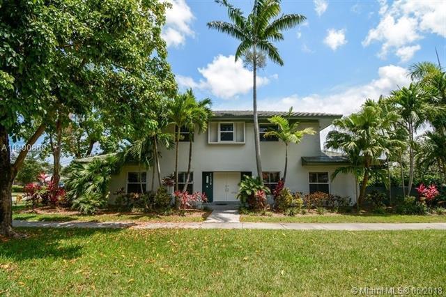 2430 NE 199th St, Miami, FL 33180 (MLS #A10490869) :: Prestige Realty Group