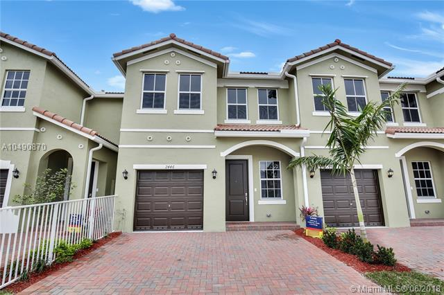 1475 SE 26 Ave, Homestead, FL 33035 (MLS #A10490870) :: Prestige Realty Group