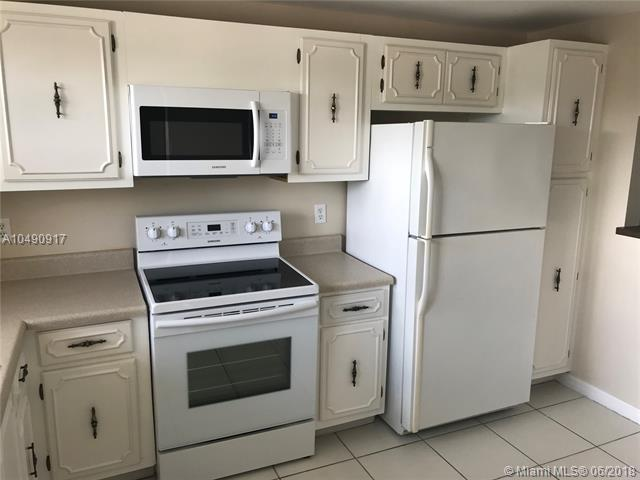 2010 S Federal Hwy #208, Boynton Beach, FL 33435 (MLS #A10490917) :: Green Realty Properties