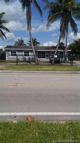 19600 NW 32 Ave, Miami Gardens, FL 33056 (MLS #A10490927) :: Prestige Realty Group