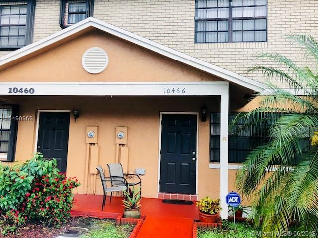 10466 NW 3rd St, Pembroke Pines, FL 33026 (MLS #A10490969) :: Prestige Realty Group