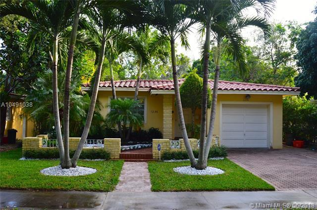 1236 Milan Ave, Coral Gables, FL 33134 (MLS #A10491038) :: Green Realty Properties