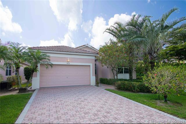 8824 W Downing St, Boynton Beach, FL 33472 (MLS #A10491157) :: The Teri Arbogast Team at Keller Williams Partners SW
