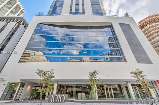 1010 Brickell Ave #2005, Miami, FL 33131 (MLS #A10491158) :: Green Realty Properties