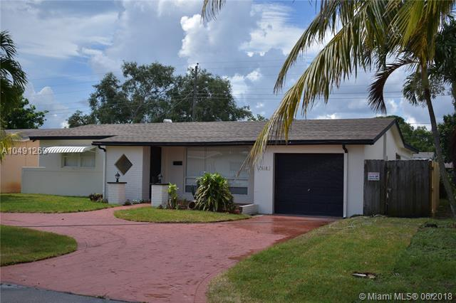 7618 Dilido Blvd, Miramar, FL 33023 (MLS #A10491269) :: Green Realty Properties