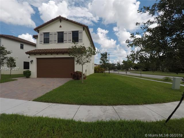 9351 SW 37th Ct, Miramar, FL 33025 (MLS #A10491287) :: Green Realty Properties